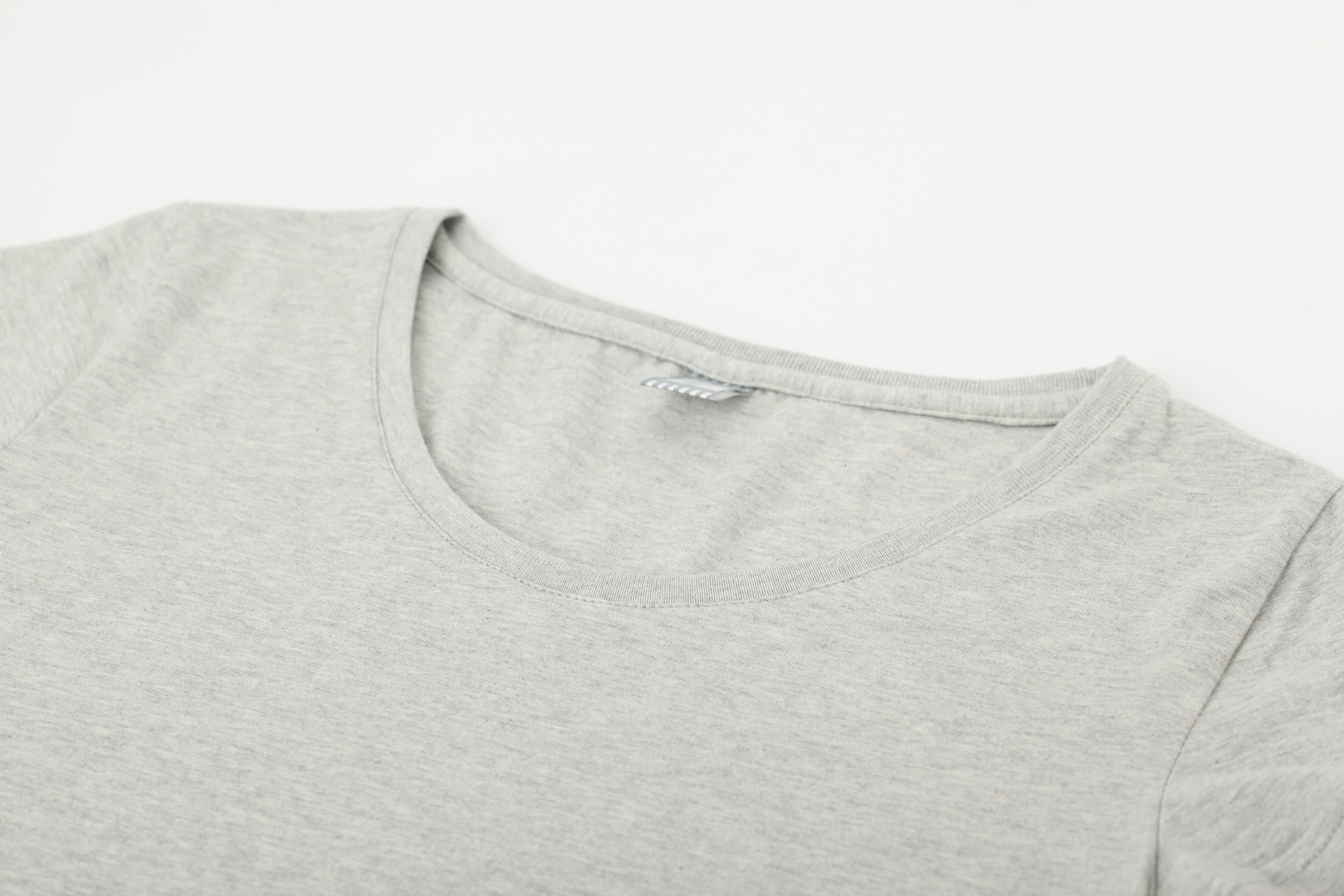 如何防止T恤领口变形