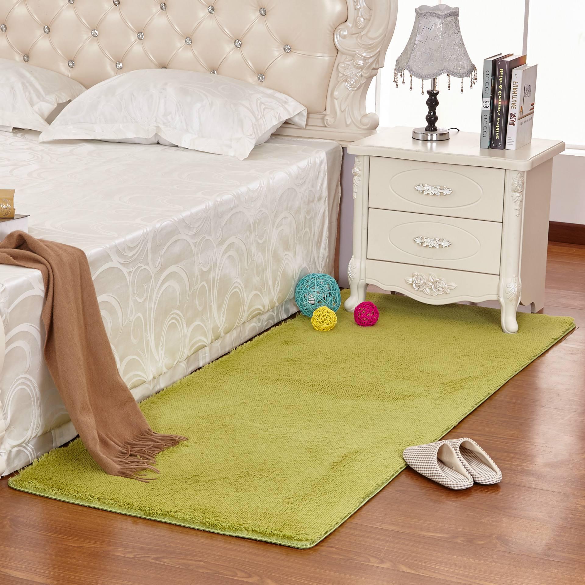 床边地毯应该怎么选择?