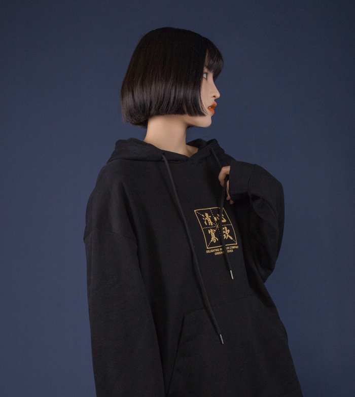 What are the advantages of hooded sweatersThe advantages of hooded sweater design