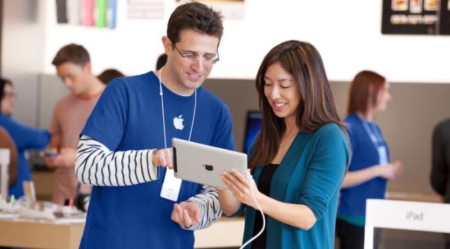 熱愛T恤衫的蘋果、谷歌、騰訊教你印企業服裝定制logo